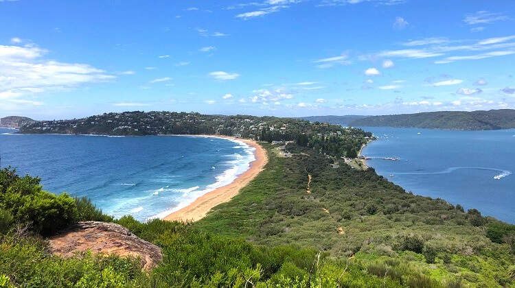 Barrenjoey Lighthouse Walk in Palm Beach