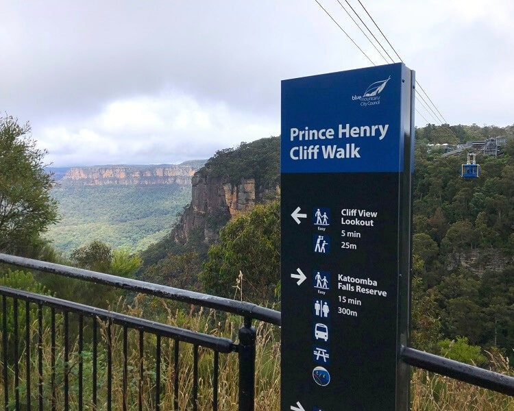 Scenic Skyway close to the Cliff View Lookout