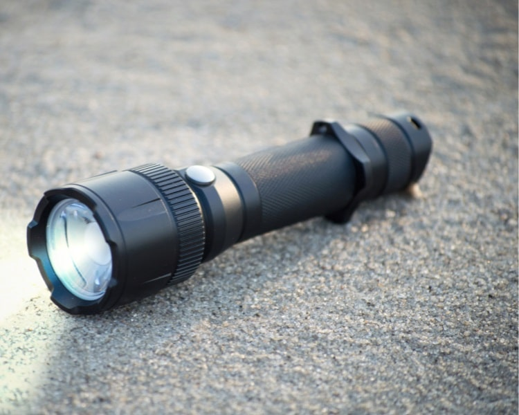 Compact LED torch