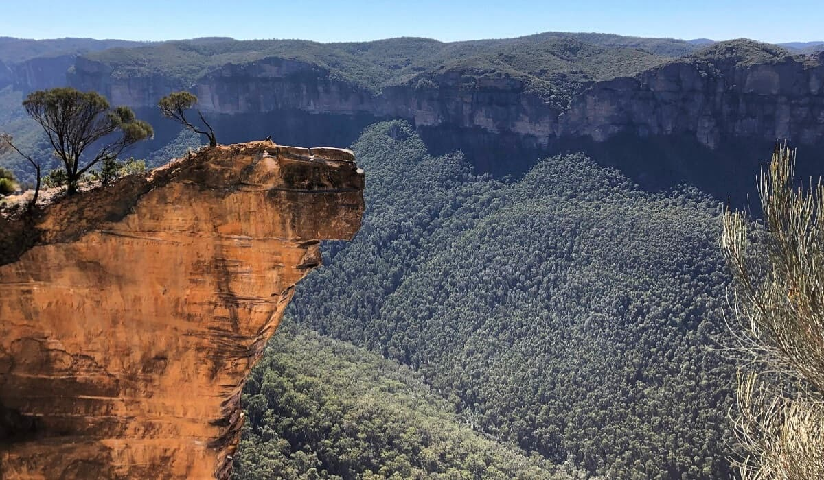 Hanging Rock and the Baltzer Lookout in the Blue Mountains