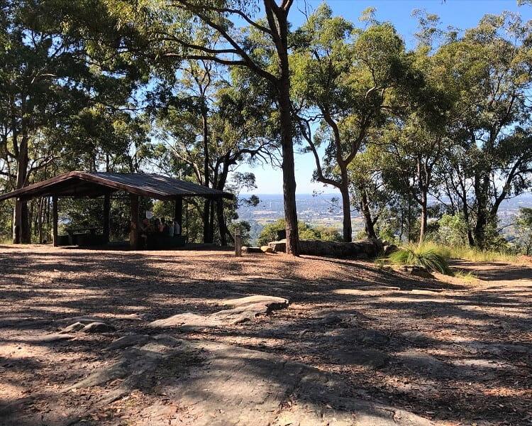 Picnic area at Elizabeth Lookout